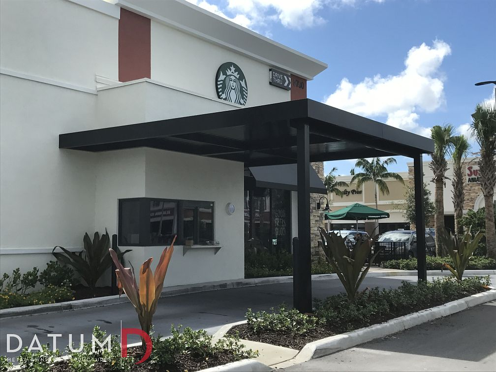 4 Uses for a Metal Canopy in Florida