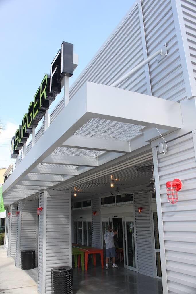 Choosing Aluminum Canopies for Georgia Restaurants