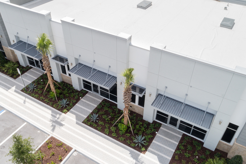 Why Aluminum Awnings are Ideal for South Carolina Properties